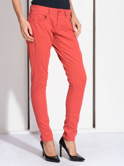 Ženske crvene pantalone