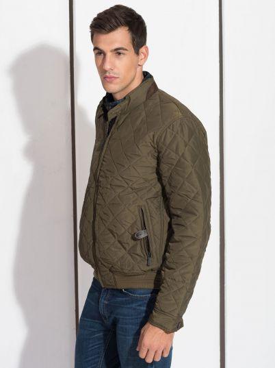 Muška jakna u zelenoj boji