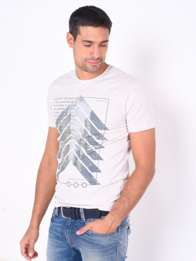 Majica sa slovima i printom
