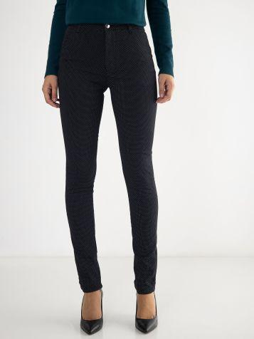 Ženske tufnaste pantalone