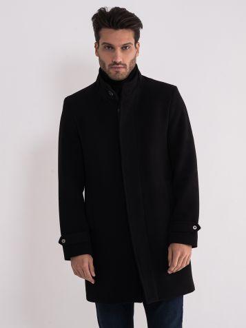 Crni muški kaput