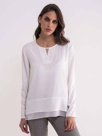 Jednostavna bela bluza