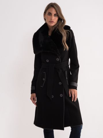 Crni elegantan kaput