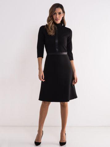 Poslovna crna haljina