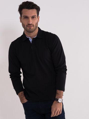Crna majica sa kragnom