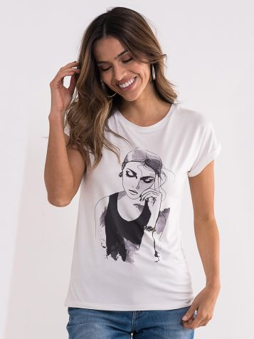 Bela majica sa ženskim likom