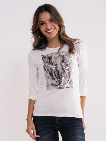 Bela majica sa atraktivnim printom