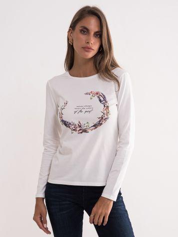 Bela majica sa cvetnim printom
