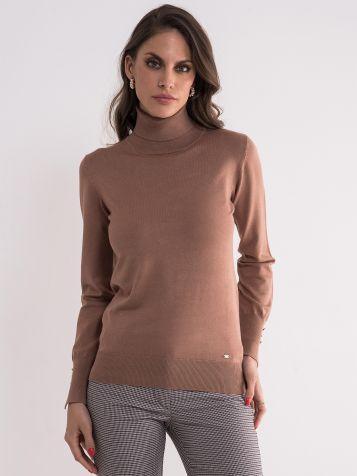 Svetlo braon džemper sa rolkom
