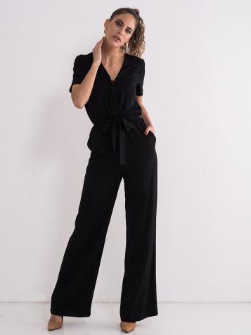 Elegantan crni kombinezon