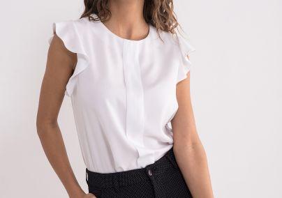 Bela bluza sa karnerima