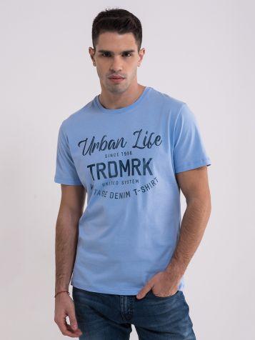 Plava majica sa natpisom