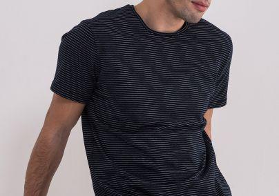 Prugasta teget majica