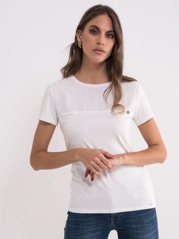 Jednostavna bela majica