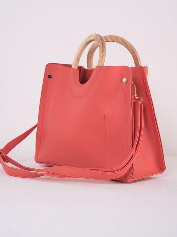 Jednostavna crvena torba