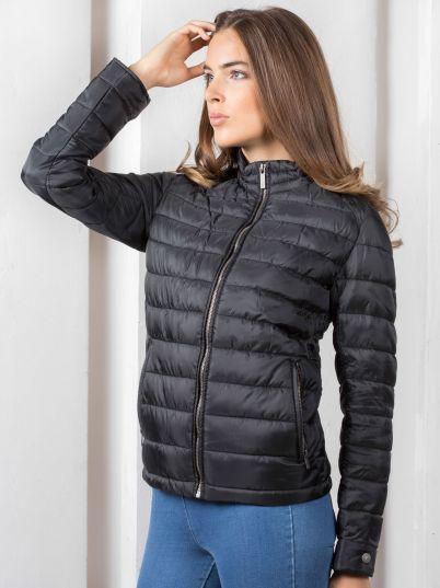 Šuškava ženska jakna