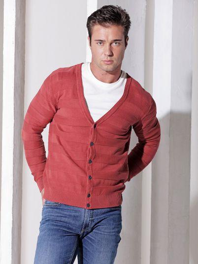 Crveni muški džemper