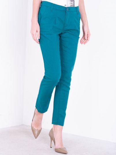 Pantalone sa kosim džepovima