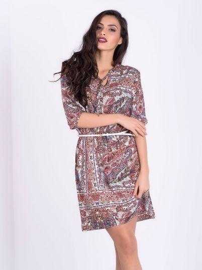 Dezenirana haljina sa kaišem